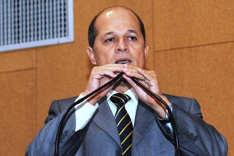 Deputado Joseildo repudia decisão de Temer que suspende atividades dos Centros de Educação Científica
