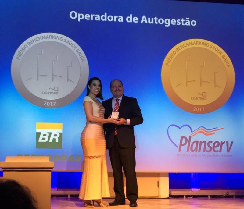 Planserv recebe prêmio Benchmarking