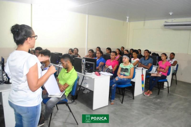 cursos para jovens e adultos no CEAAP