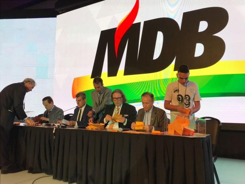 PMDB aprova mudança para MDB