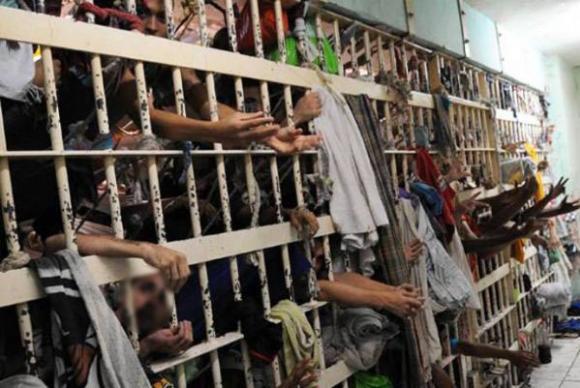Brasil é o terceiro país com maior número de pessoas presas, atrás dos Estados Unidos e China